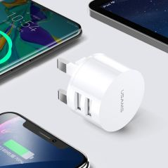 USAMS USB Charger Quick Charge for iPhone 11 7 Xiaomi Samsung Huawei 5V 3A Digital Display Fast Charging Mobile Phone Charger