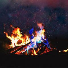 10g/15g/25g Magic Fire Colorful Flames Powder Bonfire Sachets Pyrotechnics Magic Trick Outdoor Camping Hiking Survival Tools
